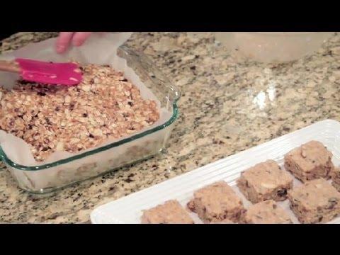 How to Make Healthy, Low-Sugar Breakfast Bars : Healthy Breakfast Recipes