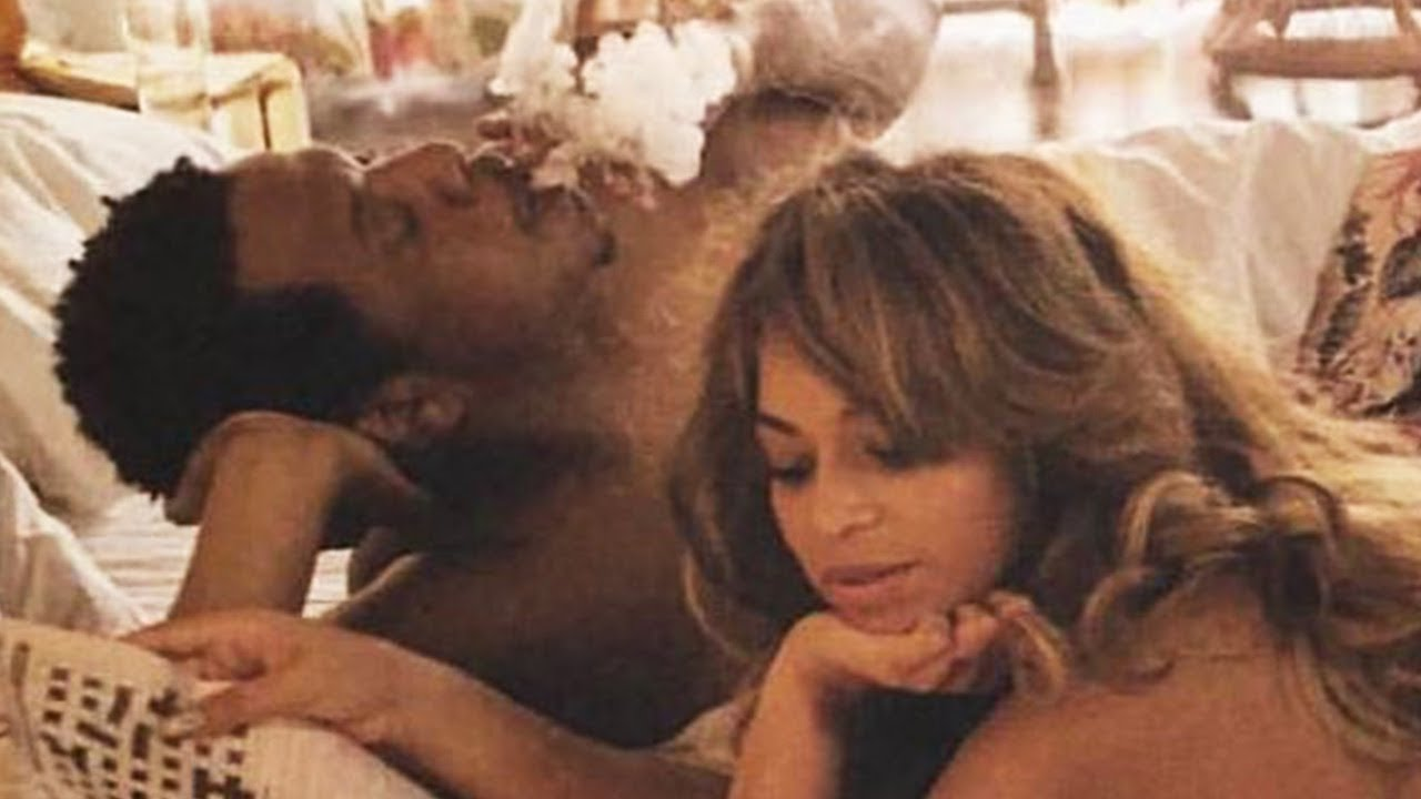 Beyonce  Jay Z Share Intimate Nsfw Photos In Otrii Tour -9855