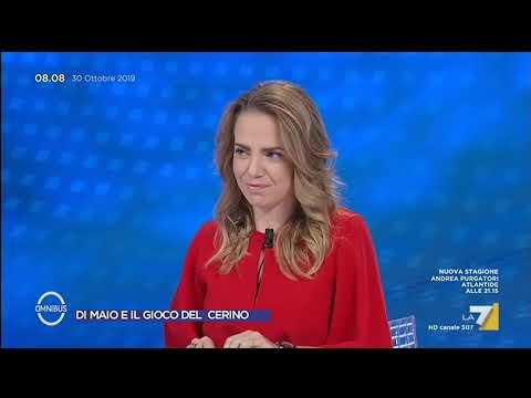 La critica di Gianluigi Paragone a Beppe Grillo: 'Si passa da Lega a PD senza una riflessione'