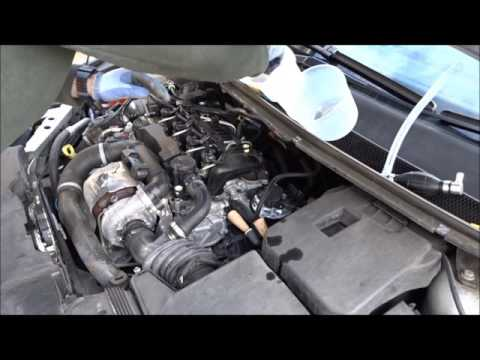 2011 FORD FOCUS 1 6 TDCi FUEL FILTER CHANGE BY A NOVICE - YouTube