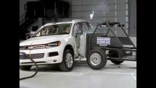 IIHS - 2011 Volkswagen Touareg - side crash test / GOOD EVALUATION /