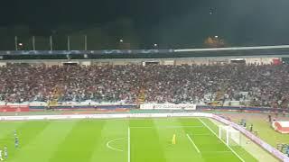 Pesma zvezdaša u poslednjim minutima utakmice sa Olimpijakosom