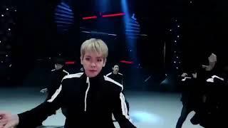 EXO Electric Kiss VR Dance Version