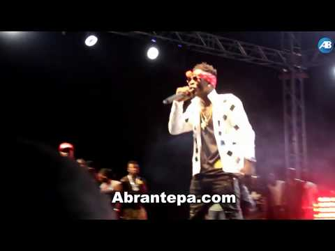S.Concert at Accra Sports Stadium Shatta Wale thrilled fans