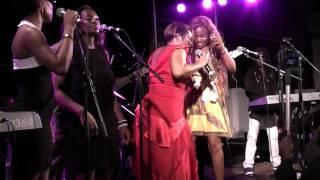 Repeat youtube video Grace Decca en concert à Nanterre - Munyengue - 30 ans de carrière de Ben Decca