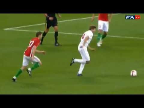 Steven Gerrard vs Daniele De Rossi (England vs Italy) 24/06/12