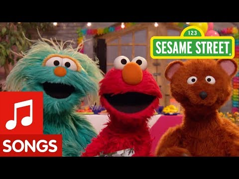 Sesame Street: Grandparents Song feat. Elmo, Rosita, and Baby Bear!