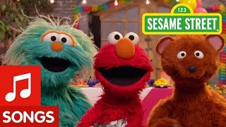 Sesame Street: Let's Hear It For Grandparents Song!