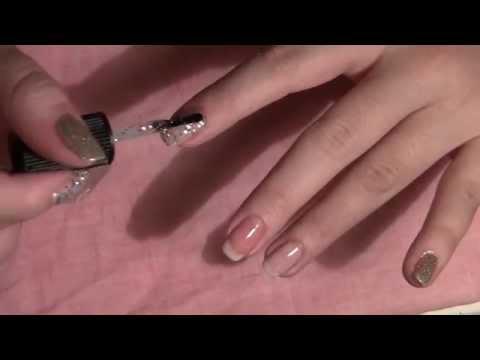 Glitter metallic manicure