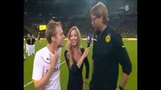 Oliver Pocher grätscht Flitzer um I Borussia Dortm
