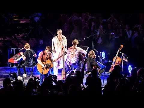 """Imagine Dragons - """"Bleeding Out"""" & """"Amsterdam"""" Live Acoustic   Chicago, IL United Center"""