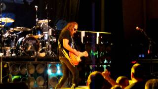Ace Frehley - Shock Me - Guitar Solo - Smoking Guitar - Oneida Casino 11/13