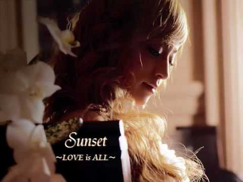 浜崎あゆみ『Sunset~LOVE is ALL~』(ERIKA singing)