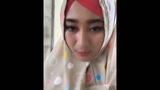 Download Video BIGO LIVE  PANAS TERBARU  ibu guru cantik dan imut MP3 3GP MP4