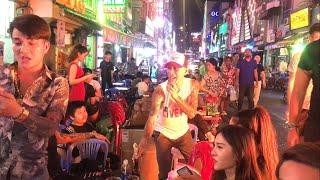 Bán Cà Rem Nuôi em | Thánh Lạc Trôi cùng Fan tại phố Bùi Viện