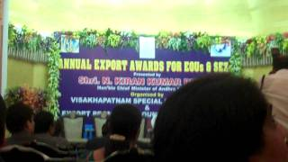 Mr Vanka receving exprt award