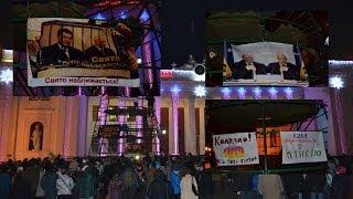 Евромайдан в Одессе день 26: на Думской нарядили «Йолку» как в Киеве(Сегодня собравшиеся на Евромайдан в Одессе возле памятника Дюку де Ришелье в знак солидарности с протесту..., 2013-12-17T18:39:53.000Z)