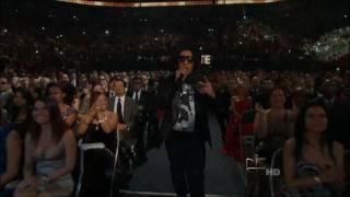 Wisin & Yandel Feat Pitbull & Tego Calderon Live En Premio Lo Nuestro (HD Univision Video)