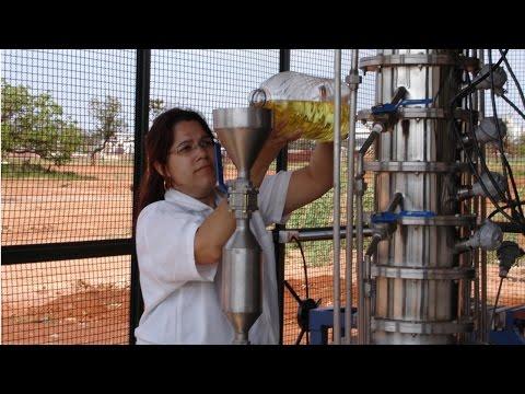 Clique e veja o vídeo Curso Produção de Biodiesel na Fazenda