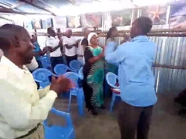Kibera Slum Worship GMFC WFF Kenya
