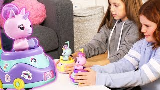 Fingerlings Unboxing | Bumper Car with Unicorns! | DIY Fingerlings Toys | Toy Review