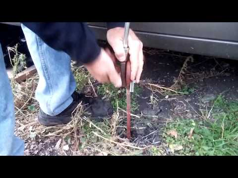 Earth Auger Anchor Removal (or installation) Tool