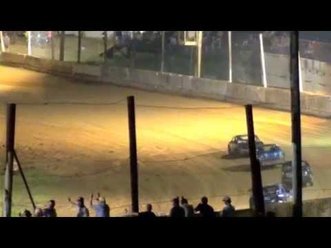 loose nut racing feature @ Camden Motor Speedway on may 31 2014
