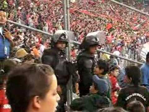 barra51,policias vigilantesbuscando a los malos?