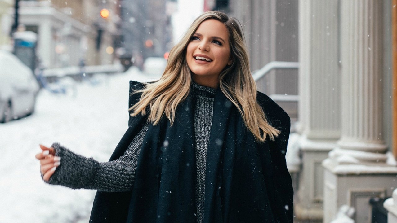 day-in-the-life-for-nyfw-casey-holmes