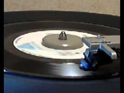 Ray Parker Jr. & Raydio - A Woman Needs Love [original 45 version]