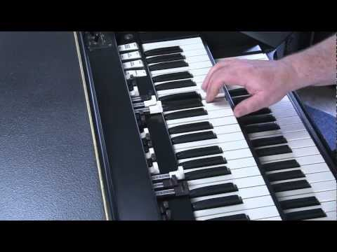 LESSON 3 - HOW TO PLAY JAZZ & ROCK LICKS ON A HAMMOND B3 or C3 ORGAN