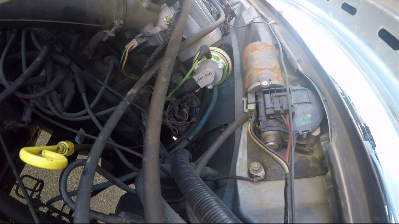 Fuel Pressure Regulator In A 1988 Ford F150 1 Youtube F 150 Wiring