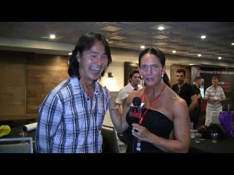 Traci Lynn Cowan with Robin Shou at Mortal Kombat Reunion.