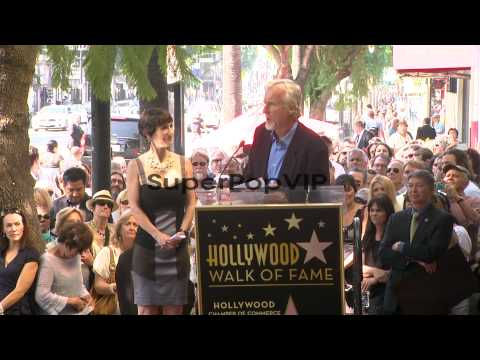 SPEECH: James Cameron on his history with Gale Anne Hurd ...