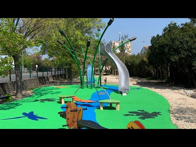 PleinBois Aménagement   Aire de jeux   Avignon   Square du centre Mille Club