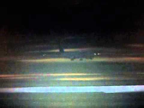 Pouso noturno em SBGR 737-800 Varig. FSX