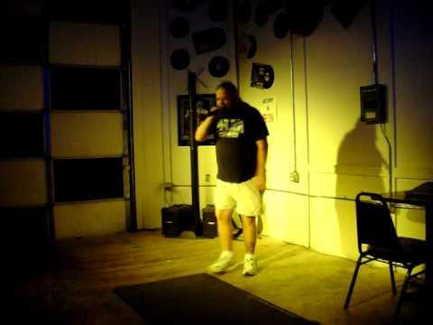 Mike Hicks karaoke (let the bodies hit the floor)