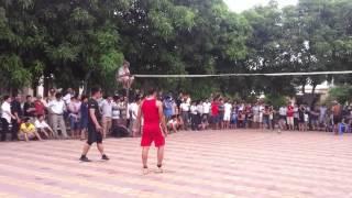 Đánh bóng chuyền bằng bàn - Giao lưu với Huyện Nghi Xuân - Hà Tĩnh