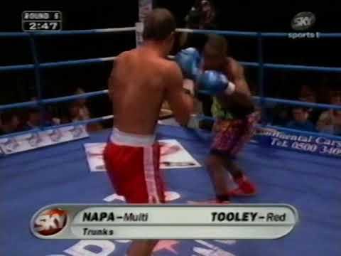 Ian Napa vs Nick Tooley (Pro debut)