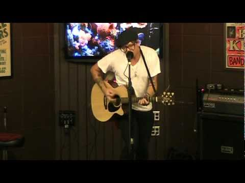 Micah Schnabel of TWO COW GARAGE performs CONFESSIONAL live @T-Bones Records & Cafe
