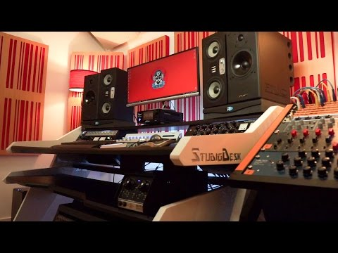 The StudioDesk Music Commander In Action