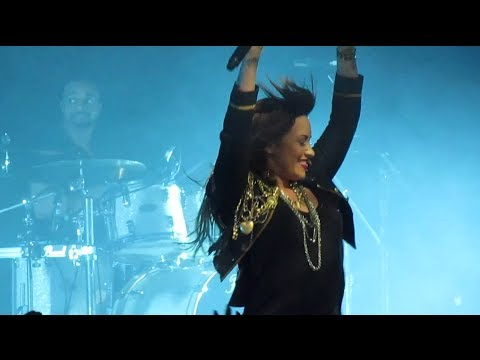 Demi Lovato FULL CONCERT HD - The Neon Lights Tour - South America - 28/04/14