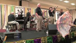 "Grand Dominion Jazz Band  ""While We Danced at the Mardi Gras"""