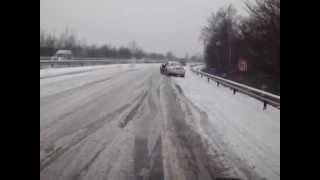Autobahn 1: Neuer Mercedes wurde zur Gefahr