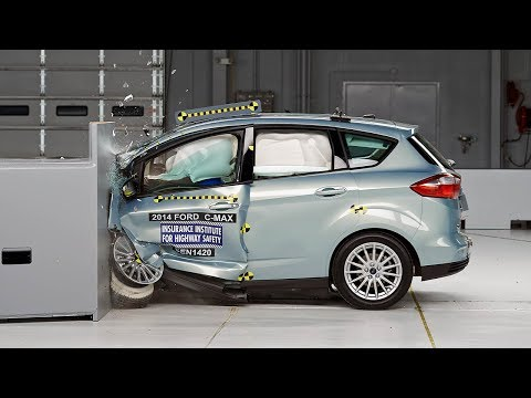 2014 Ford C-Max Hybrid driver-side small overlap IIHS crash test