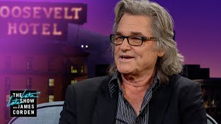 Kurt Russell Has Been to the Hawaiian Kurt Russell Bathroom