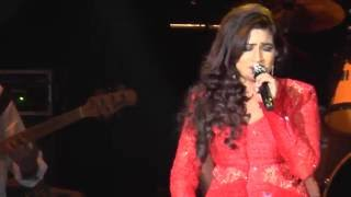 Shreya Ghoshal - (Old classic) Yeh Zindagi Usi Ki Hai  live in Holland 2015
