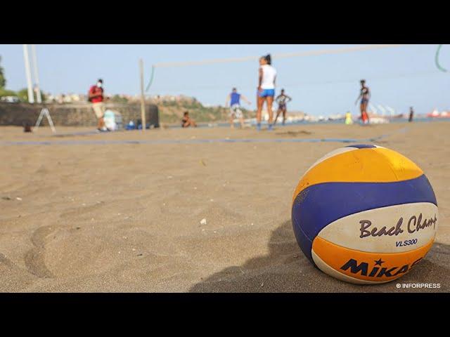 """Voleibol de Praia: Governo leva """"mensagem de moral"""" às duplas que irão disputar  Campeonato Africano"""