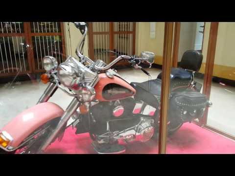Pablo Escobar y la moto que le regalo al Arete