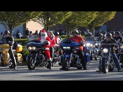 37th Vancouver Motorcycle Christmas Toy Run, 4K Video
